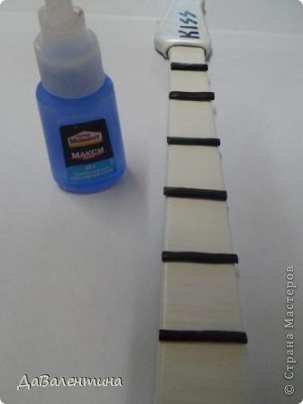 Гитара из кожи своими руками (27) (336x448, 50Kb)