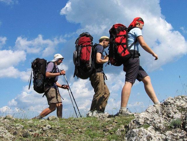 Походы по Крыму/1396689742_trekking_ukraine (640x484, 85Kb)