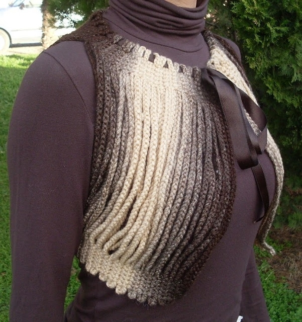 Crocheted Bolero, Shrug; made with chain lengths-I love this! (www.circulo.com.br) (saved as a .docx file on my laptop) -1b (601x640, 308Kb)
