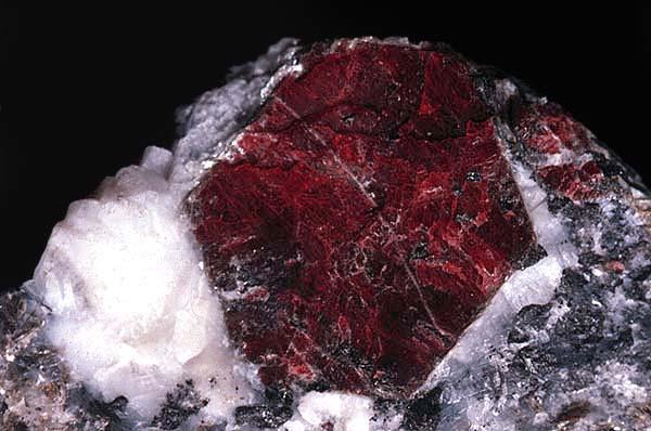 рубин (600x398, 42Kb)