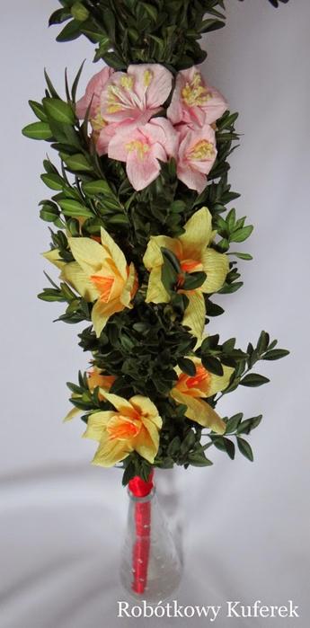 Пасхальная ВЕРБА. Декоративная композиция из веточек вербы и цветов из гофрированной бумаги (1) (345x700, 221Kb)