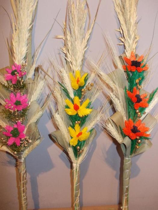 Пасхальная ВЕРБА. Декоративная композиция из веточек вербы и цветов из гофрированной бумаги (5) (525x700, 360Kb)