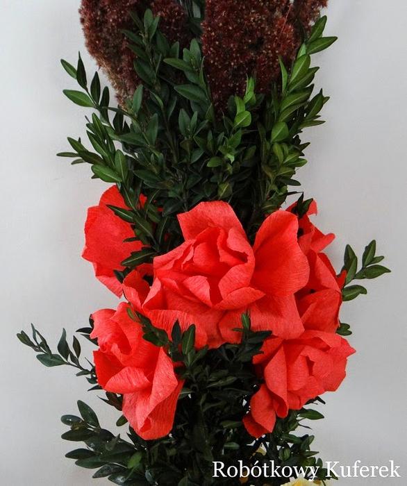 Пасхальная ВЕРБА. Декоративная композиция из веточек вербы и цветов из гофрированной бумаги (35) (586x700, 419Kb)