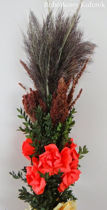 Пасхальная ВЕРБА. Декоративная композиция из веточек вербы и цветов из гофрированной бумаги (37) (357x700, 248Kb)