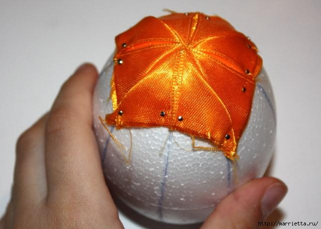 Пасхальные яйца из лент в технике АРТИШОК (49) (640x457, 119Kb)
