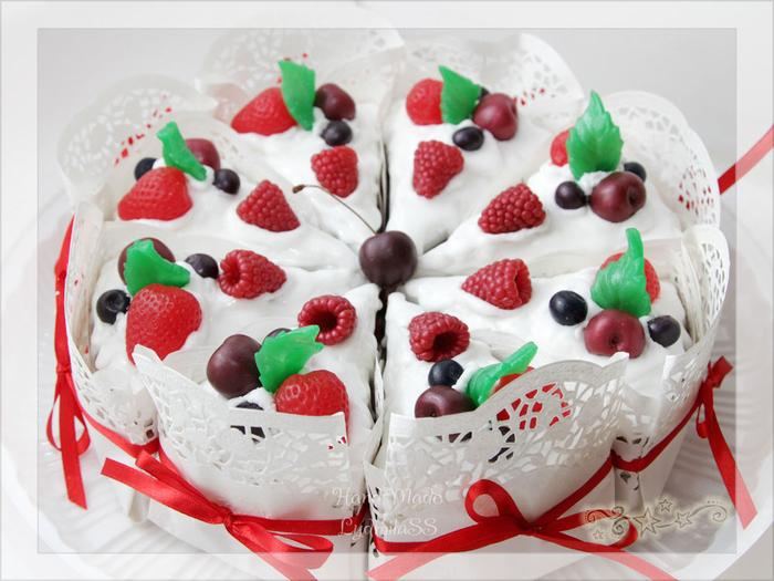aaf21830957-kosmetika-ruchnoj-raboty-mylo-prazdnichnyj-tort (700x525, 372Kb)