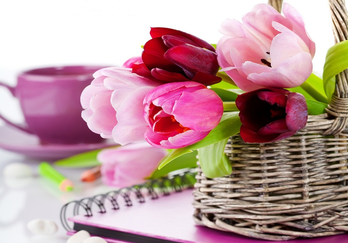 flowers_in_basket_07 (700x490, 308Kb)