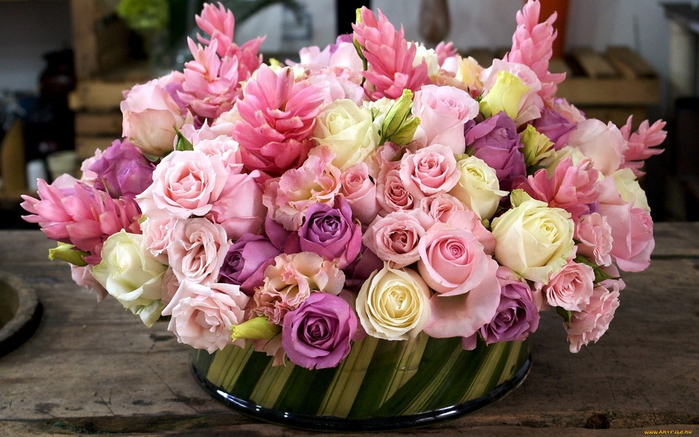 flowers_in_basket_19 (700x437, 372Kb)
