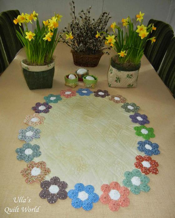 Цветочки Йо-Йо для пошива скатерти. Фото идея (1) (561x700, 416Kb)