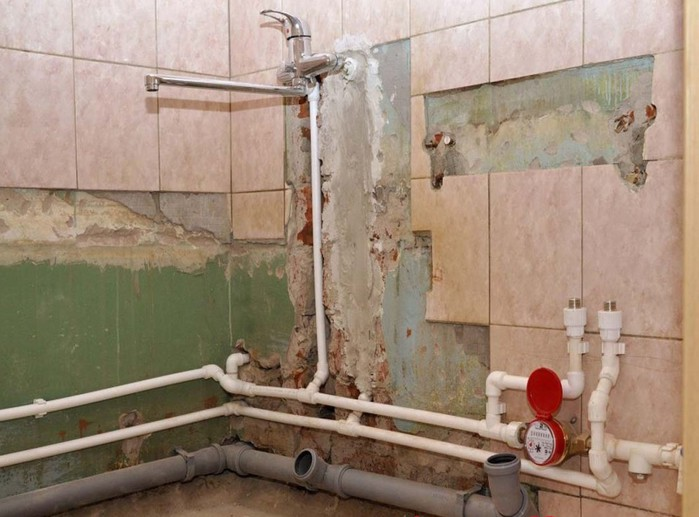 Как заменить трубу канализации в ванной