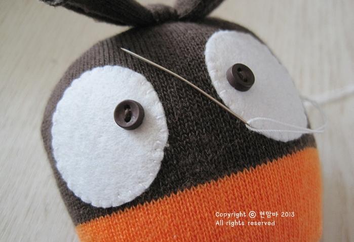 cuervo.  juguetes de los calcetines (11) (700x478, 455Kb)
