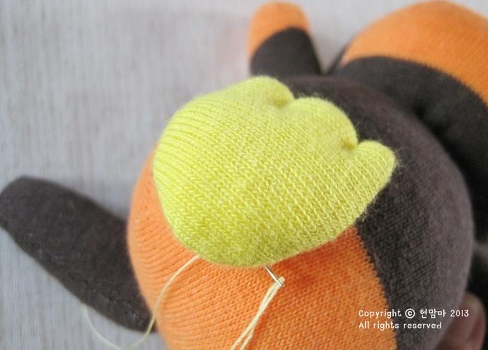 cuervo.  juguetes de los calcetines (28) (700x501, 474kb)