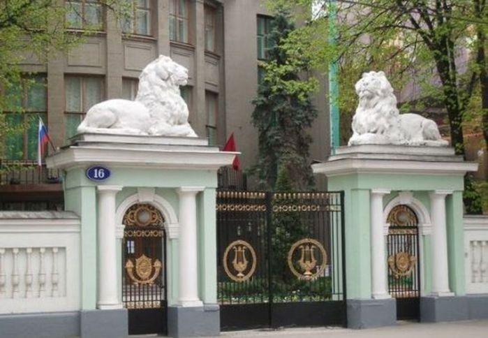 Ворота московских домов чертежи и видео откатных ворот