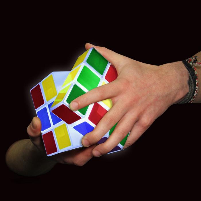 дизайнерский светильник кубик рубика 2 (700x700, 221Kb)