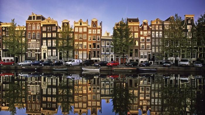 амстердам/3085196_129730x411 (700x394, 113Kb)