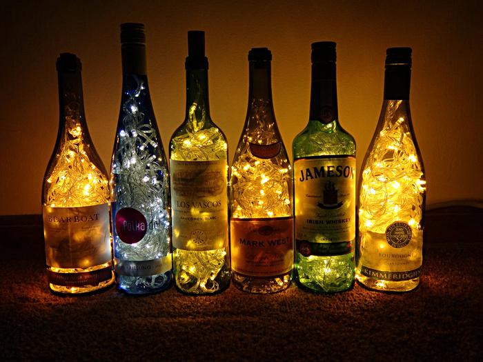 Красивые поделки из старых бутылок (20 фото)