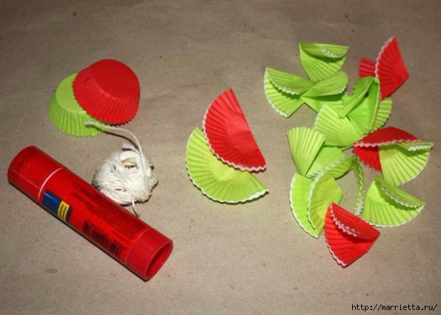 Navidad usar vasos de papel para pasteles (1) (620x443, 123Kb)