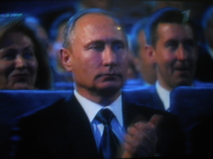 Президент (700x522, 102Kb)