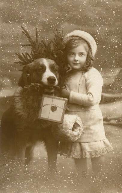 н A little girl and her Saint Bernard deliver Christmas, ca. 1910s (407x640, 188Kb)