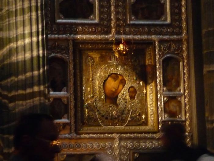 Казанская икона Боией Матери из Казанского собора С-Петербурга 1 (700x525, 392Kb)