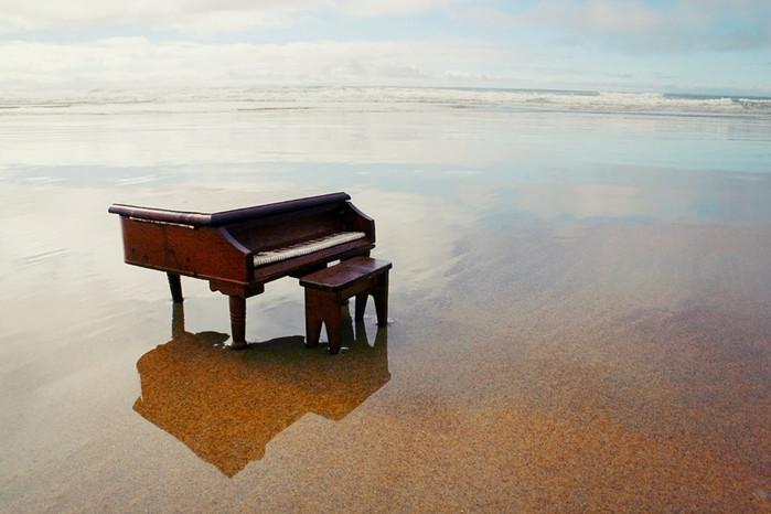 3805093_piano1 (700x466, 79Kb)