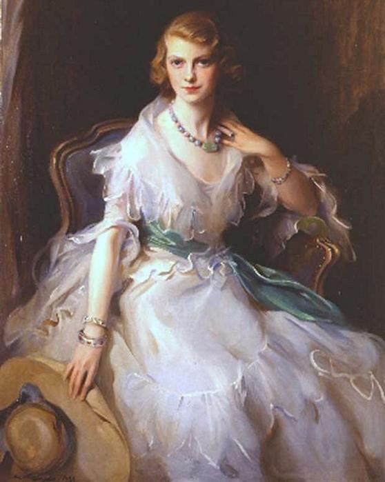 Достопочтенный. Г-жа Филип Лейленд Киндерсли (урожденная Oonagh Гиннеса) (558x700, 319Kb)