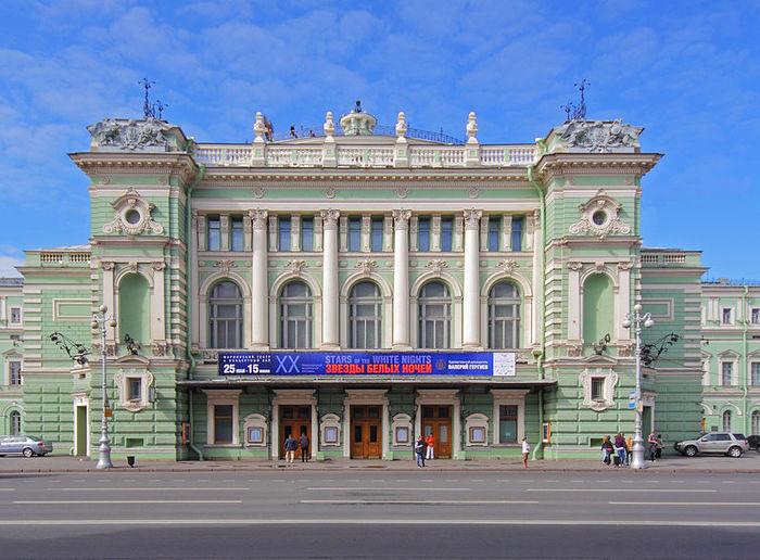 800px-Spb_06-2012_MariinskyTheatre (700x516, 96Kb)