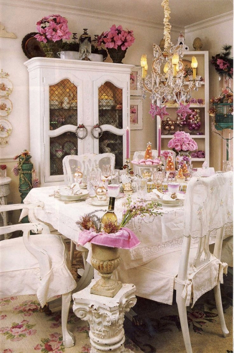 Romantic dining rooms