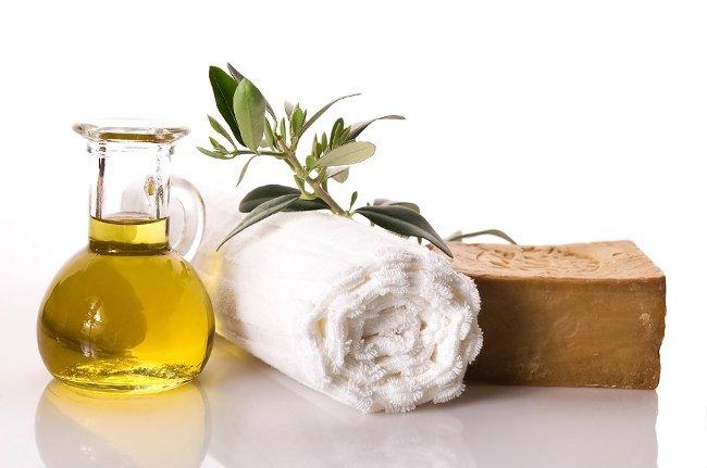 оливковое масло/1259869_olivkovoe_maslo (650x431, 49Kb)