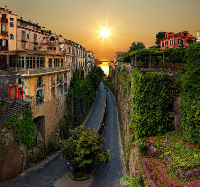 sorrento2 (700x656, 611Kb)