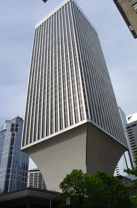 ������ Rainier Tower � ������ 2 (463x700, 316Kb)