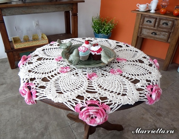 Салфетка с розами крючком для круглого столика (4) (610x476, 321Kb)