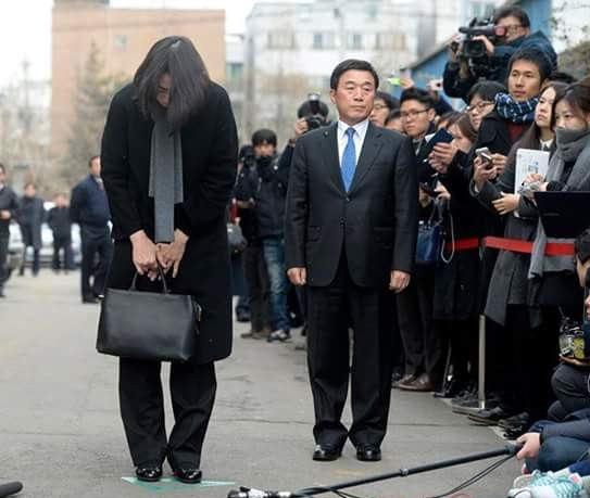 Южная Корея. Особенности воспитания богатых людей (543x459, 147Kb)
