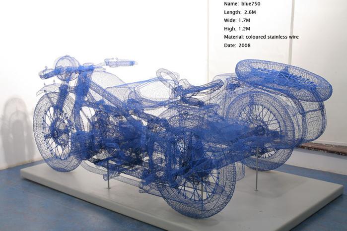 скульптуры из проволоки/4552399_ (700x466, 112Kb)