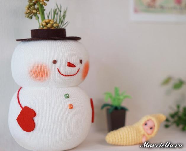 Снеговик - органайзер из бутылки. Мастер-класс (1) (628x509, 184Kb)