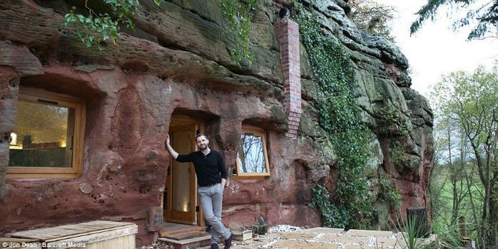 дом в пещере 3 (700x350, 330Kb)