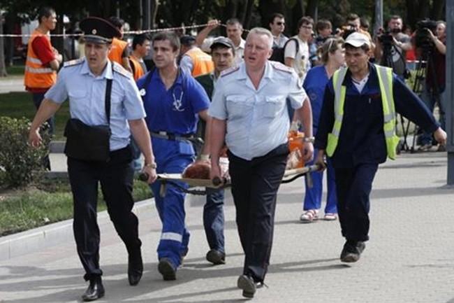 Число жертв аварии в московском метро достигло 16 человек