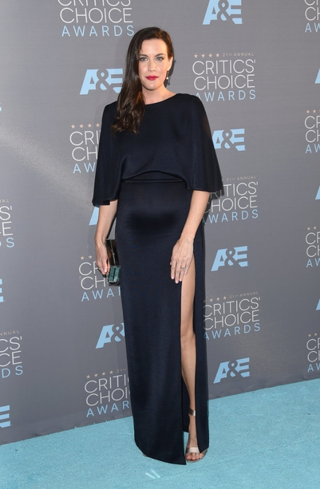 Liv-Tyler-Critics-Choice-Awards-2016 (1) (458x700, 187Kb)