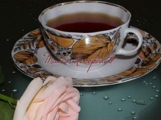 Пирог с капустой из слоёного дрожжевого теста/4059776_chashka_chaya_s_rozoi (320x240, 57Kb)