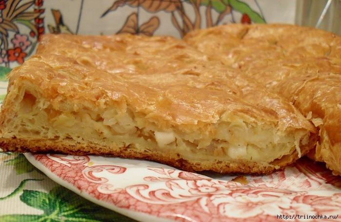 Пирог с капустой из слоеного теста рецепт