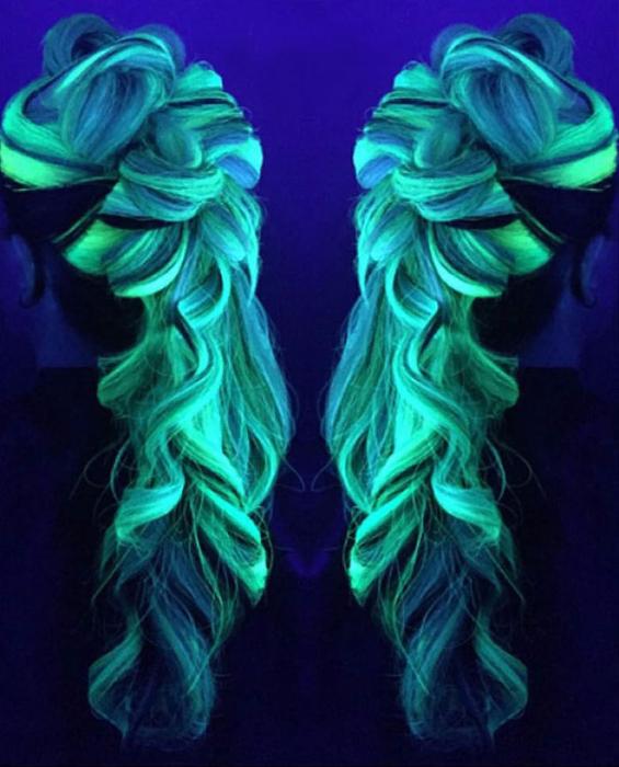 светящаяся в темноте краска для волос MANIC PANIC 2 (565x700, 387Kb)