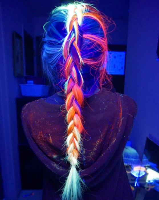 светящаяся в темноте краска для волос MANIC PANIC 3 (558x700, 564Kb)