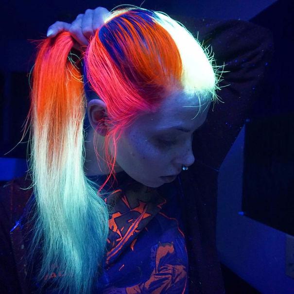 светящаяся в темноте краска для волос MANIC PANIC 4 (605x605, 269Kb)