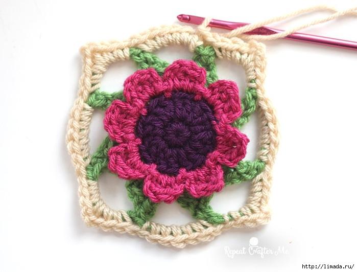 FlowerSquare_Rd8_2 (700x532, 186Kb)