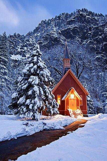 024_Yosemite Chapel,Yosemite National Park. (427x640, 486Kb)