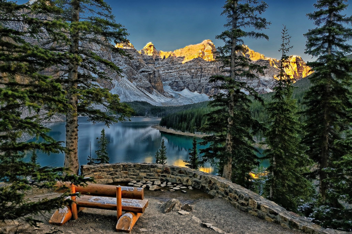 moraine_lake_valley_of_the_ten_peaks_banff_national_park_canada_ozero_moreyn_dolina_desyati_piko_2048x1366 (700x467, 466Kb)