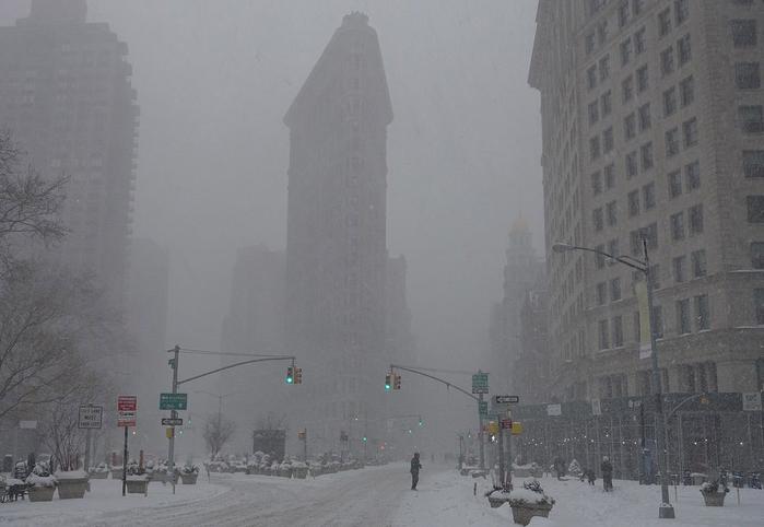нью-йорк в снегу фото 1 (700x482, 224Kb)