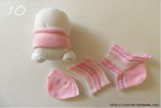 Шьем игрушки из носков. Прикольные ЗАЙЦЫ (11) (550x369, 87Kb)