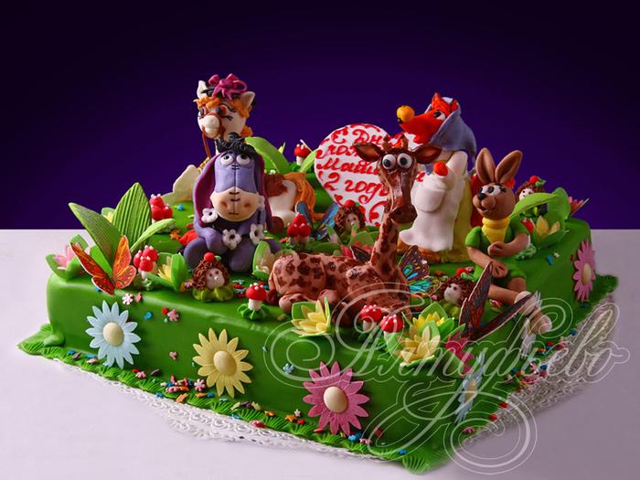деткий торт с фигурками из мастики (2) (700x525, 378Kb)