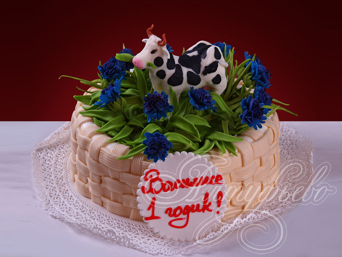 деткий торт с фигурками из мастики (5) (700x525, 347Kb)